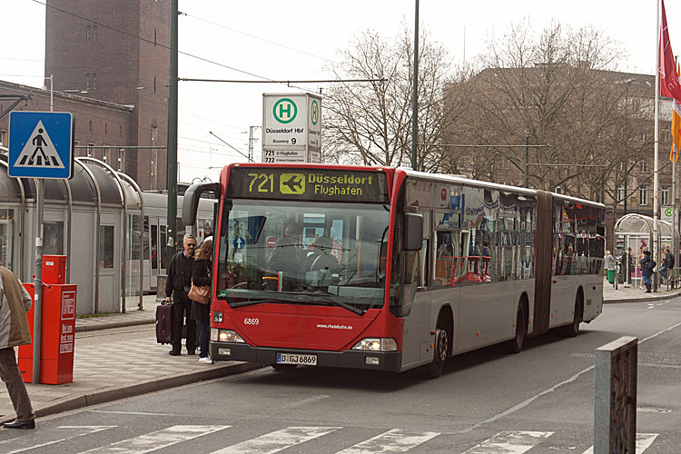 urlaubsfotos teil 5 d sseldorf bus regensburger busse. Black Bedroom Furniture Sets. Home Design Ideas